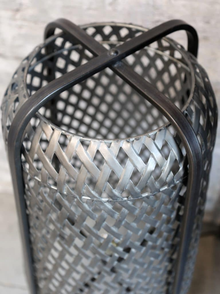 Lampa Golvlampa metall belysning flätad